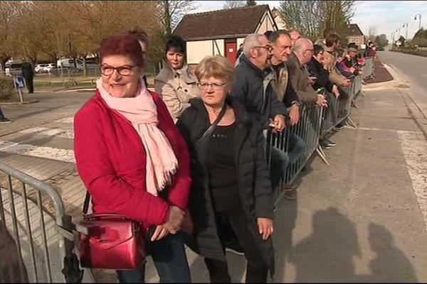 Les habitants de Berd'huis attendent Macron