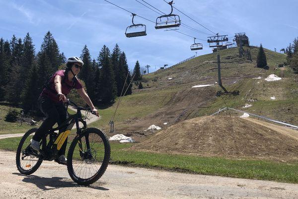 La station de ski de Métabief a mis l'accent sur la pratique du VTT, depuis plusieurs années.