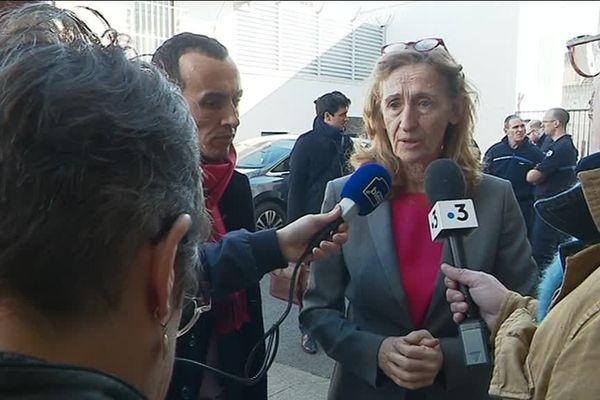 La garde des Sceaux Nicole Belloubet, ministre de la Justice, s'est rendue à la Maison d'arrêt de Tours, ce jeudi matin, pour animer le grand débat auquel devaient participer une quarantaine de détenus.