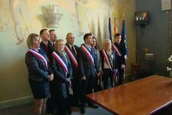 Fabien Engelmann, nouveau maire FN, et ses adjoints