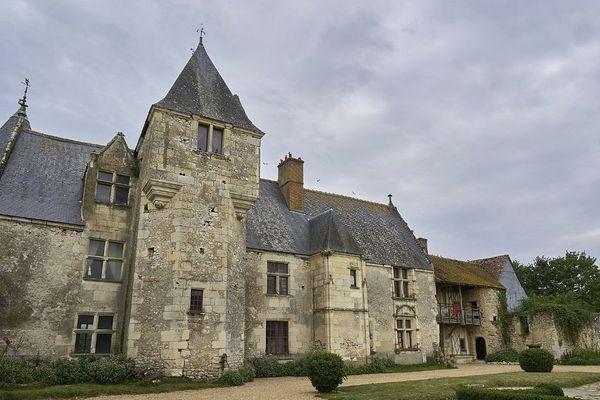 Depuis 1981, le château de Chémery est en permanente restauration.