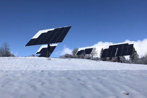 La neige favorise la production de ces panneaux solaires nouvelle génération