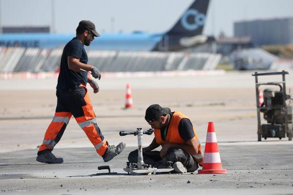 Aéroport d'Orly : derniers préparatifs avant la réouverture après confinement