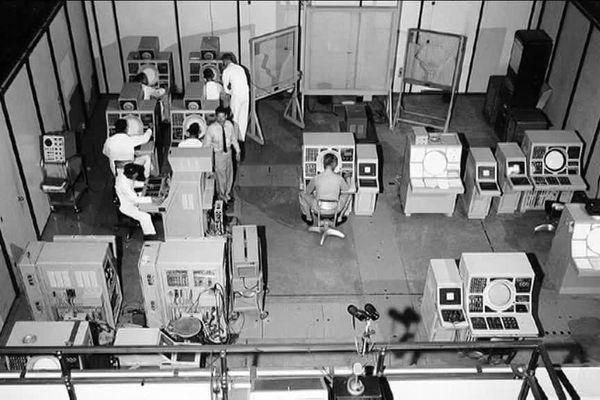 La salle des opérations était le centre névralgique de ce  lieu  tenu secret pendant 44 ans. La base servait à détecter les avions russes.