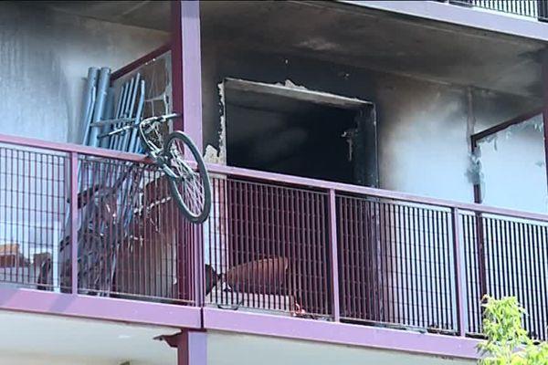 Un appartement a complètement été ravagé par les flammes - 7 septembre 2017