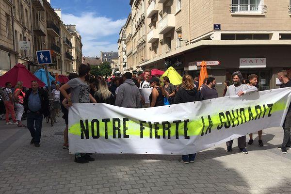 """Les """"gilets jaunes"""" de retour dans la rue ce samedi 31 août à Caen"""