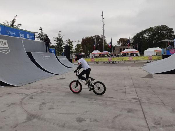 Houravian lors de la finale de la catégorie des moins de 14 ans au FISE de Reims