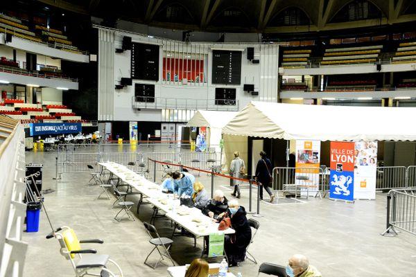 Un préavis de grèves du 15 au 21 Février a été déposé par la CGT au centre de vaccination de Lyon Gerland
