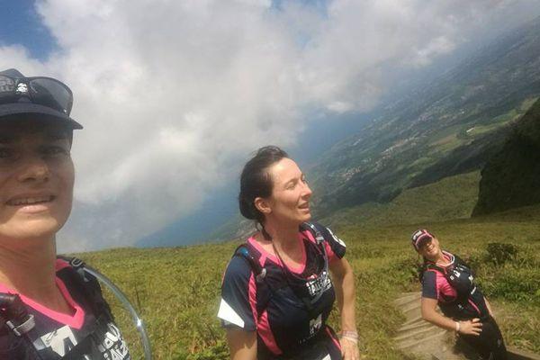 Angélina, Fabiola et Emmanuelle sur le parcours du Raid des Alizés
