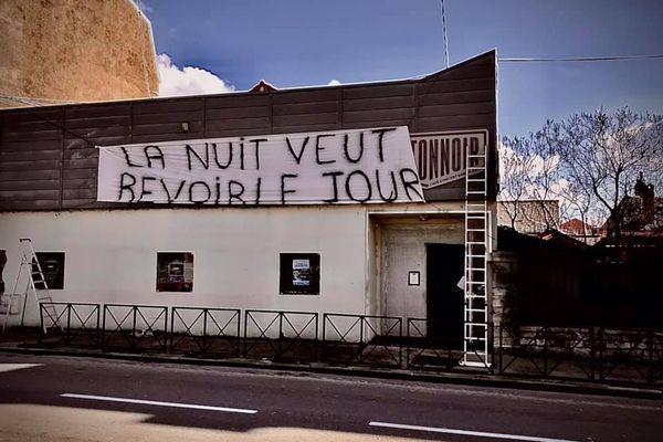 A Besançon, la boite de nuit, café concert, l'Antonnoir est fermée depuis un an.