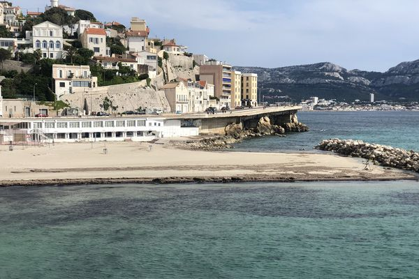 La plage du Prophète, dans le 7e arrondissement, bénéficiera d'une surveillance particulière une bonne partie de la nuit.