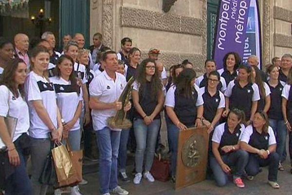 Montpellier - hommage aux basketteuses de Lattes et aux rugbywomen du MHR - 5 mai 2015.