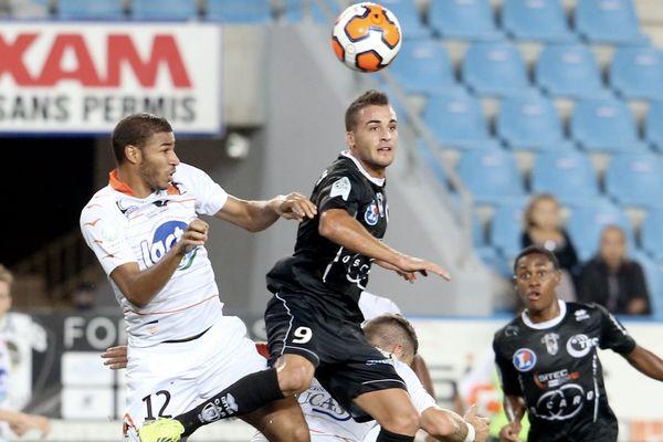 Lors de la rencontre entre le Stade Lavallois et le CA Bastia, le 27 septembre 2013