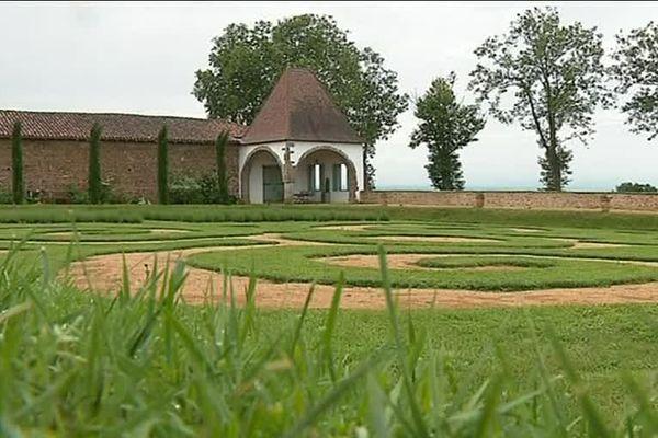 Habituellement fermé au public, le jardin privé ouvre ses portes ce week-end du 2 et 3 juin 2018 à l'occasion de l'opération Rendez-vous aux jardins