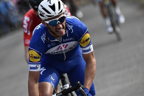 Le coureur de la Quick-Step Julian Alaphillipe sur la 3e étape du Paris-Nice, entre Bourges et Châtel-Guyon.