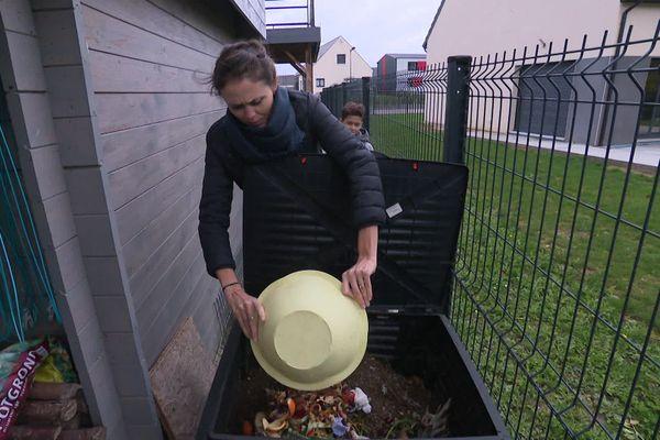 En un an, le bac à compost a permis de réduire les déchets  de la famille Kielbasa de 30% à 40%.