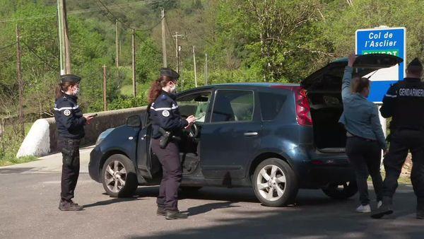 Barrages filtrants, au lendemain du double meurtre dans la commune des Plantiers, dans le Gard.