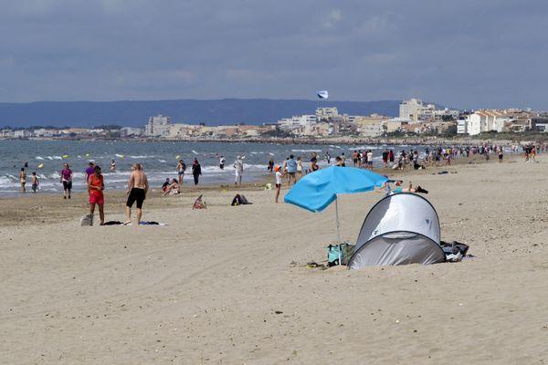 Sur les les plages de la Grande-Motte cette année, les touristes ne se bousculent pas - 30.07.20