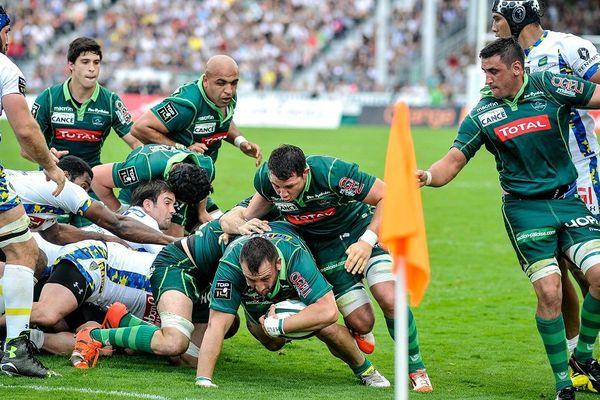 La section paloise contre Clermont, le 7 mai 2016, à Pau