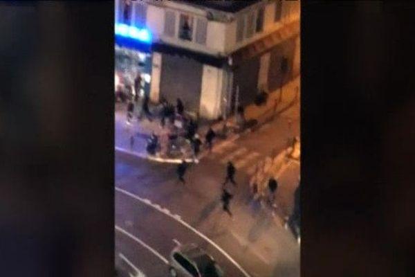 Des affrontements entre supporteurs de l'OM et de la Lazio auraient fait au moins deux blessés hier soir sur le Vieux-Port de Marseille