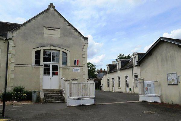 L'école Jules Ferry de Selles-sur-Cher est une des quatre écoles de la commune.