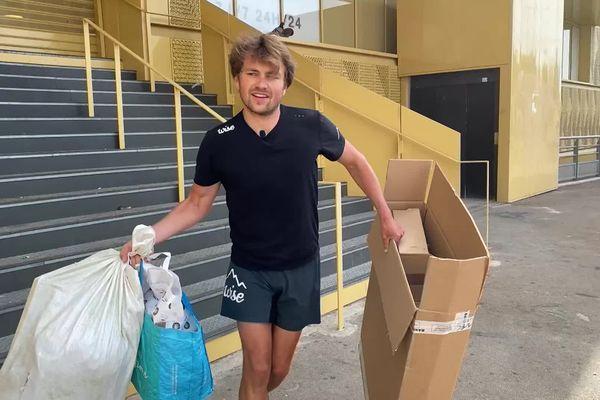 Clément Chapel a couru 60 kilomètres en boucles autour du centre ville de Montpellier pour ramasser des déchets - 25/04/2021