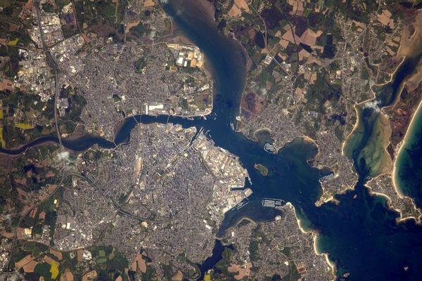 Lorient vu de l'espace par Thomas Pesquet. Le dernier cliché de la Bretagne de l'astronaute français
