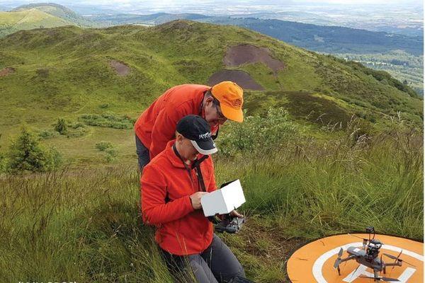 A Clermont-Ferrand, les scientifiques de l'Observatoire de Physique du Globe travaillent grâce aux drones.