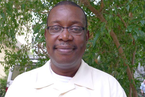 Le père Joël Thomas, ancien curé de Plœuc-L'Hermitage