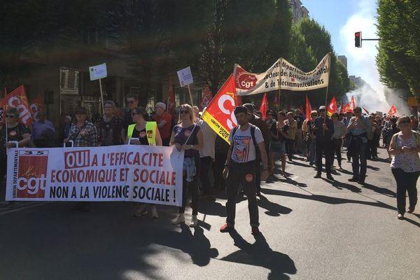 Le cortège syndical à Rennes ce 19 avril