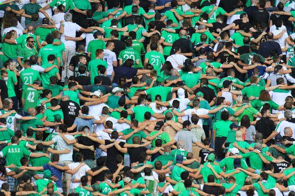 L'ASSE, club dix fois champion de France, connaît depuis plusieurs mois de lourdes difficultés financières sur fond de pandémie de Covid-19 et de réduction des recettes de droits TV