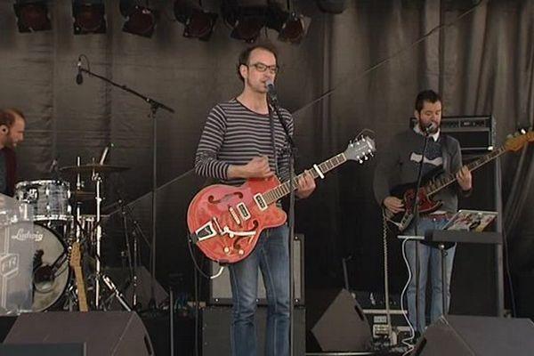 Seb Adam en concert lors de la 24 ème édition du festival Musiques d'ici et d'ailleurs (juillet 2015)