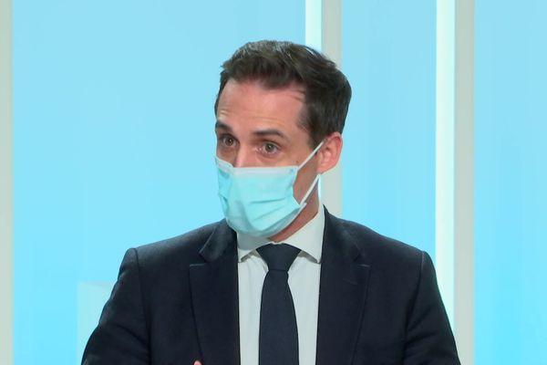Jean-Baptiste Djebbari sur le plateau de France 3 Limousin dans le 12/13 du vendredi 18 décembre 2020.