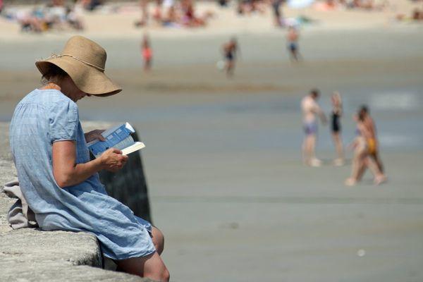 Et si on profitait de cet été pour lire en bord de mer ?