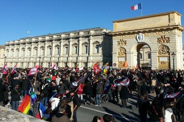 """Montpellier - début du rassemblement de la manifestation pour le projet de loi de """"mariage pour tous"""" - 26 janvier 2013."""