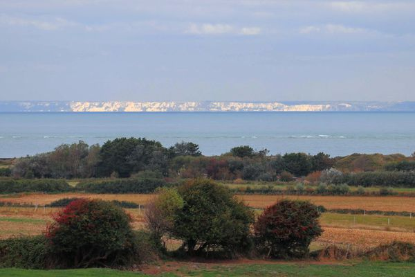 Les côtes anglaises depuis Audinghen.
