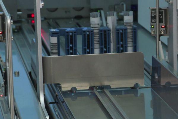 Le COBAS 6800 en action pour des résultats rapides.