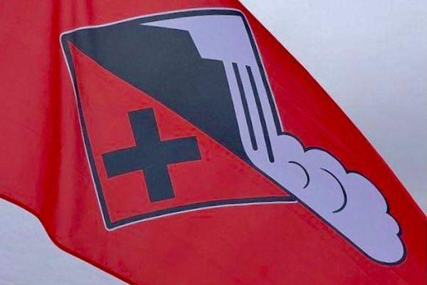Le risque avalanche est actuellement fort dans les Pyrénées, il est recommandé de se renseigner avant toute sortie en montagne.