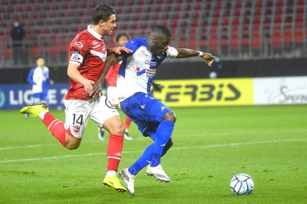 Valenciennes-Dunkerque, l'autre derby du Nord.