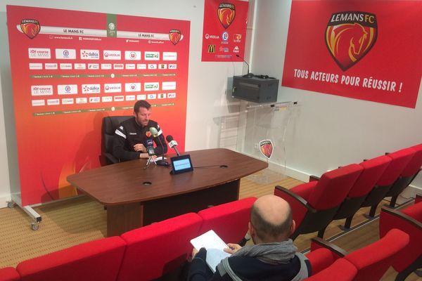 Stéphane Pichot, entraîneur par intérim du Mans FC, pour la rencontre contre Guingamp le 28 février 2020