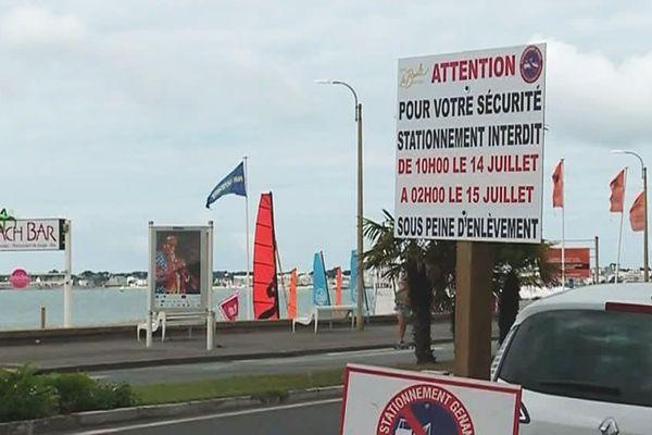 Les panneaux d'information installés à La Baule avant le feu d'artifice du 14-Juillet.