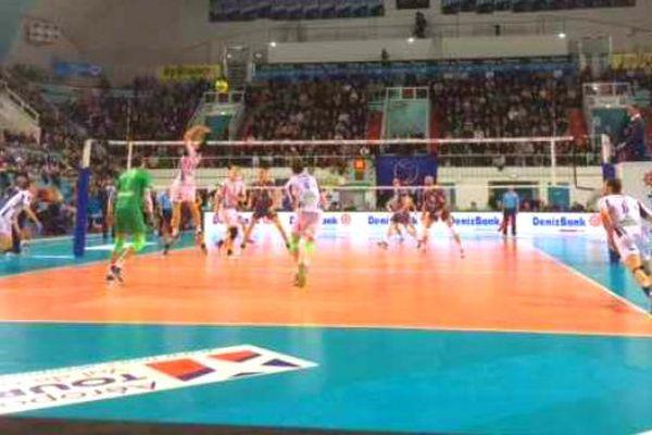 Le Tours Volley-Ball battu 3 set à 0 par les Russes de Belgorod
