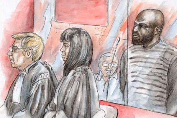 Depuis le début du procès, l'accusé est resté mutique.