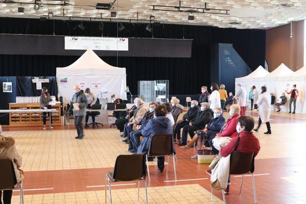 Un centre de vaccination à Hazebrouck (Nord) le 2 avril 2021.