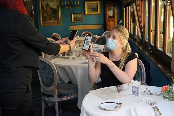 Dans le département du Gers, fin du port du masque dans les cafés et restaurants où le pass sanitaire est obligatoire.