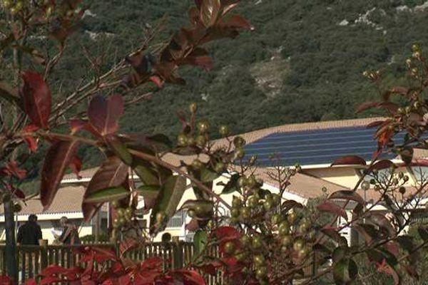 La commune héraultaise de Vailhauquès s'engage pour les énergies renouvelables, en investissant dans le photovoltaïque