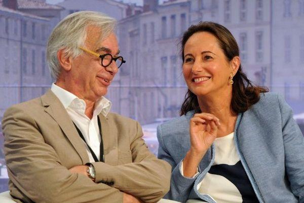 Maxime Bono et Ségolène Royal côte à côte pour la session d'ouverture de la 21e Université d'été du PS