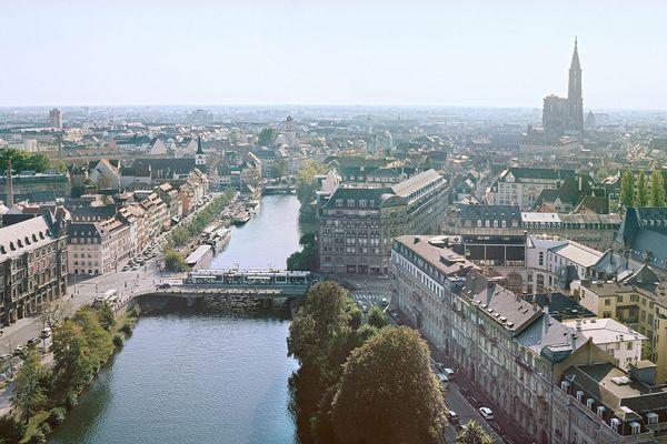 """Découvrir ou redécouvrir Strasbourg, c'est possible grâce au """"guide du déconfiné"""", disponible sur internet."""