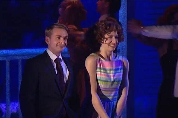 Thomas Langlet est originaire de Compiègne (60). Dans la comédie musicale Dirty Dancing, le jeune comédien tient le rôle de Neil Kellerman.