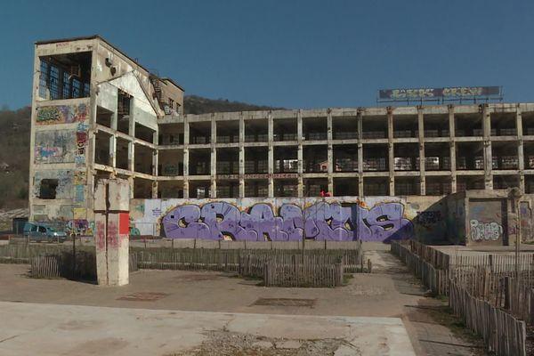 L'ancienne friche de la Rodia toujours territoire des graffeurs.